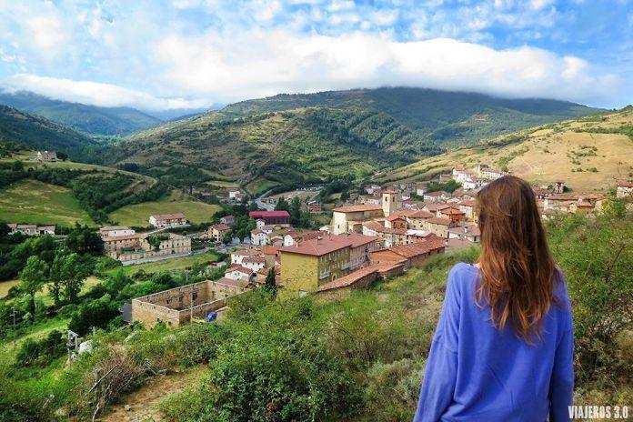 panorámicas de Villoslada de Cameros en la Sierra de Cebollera