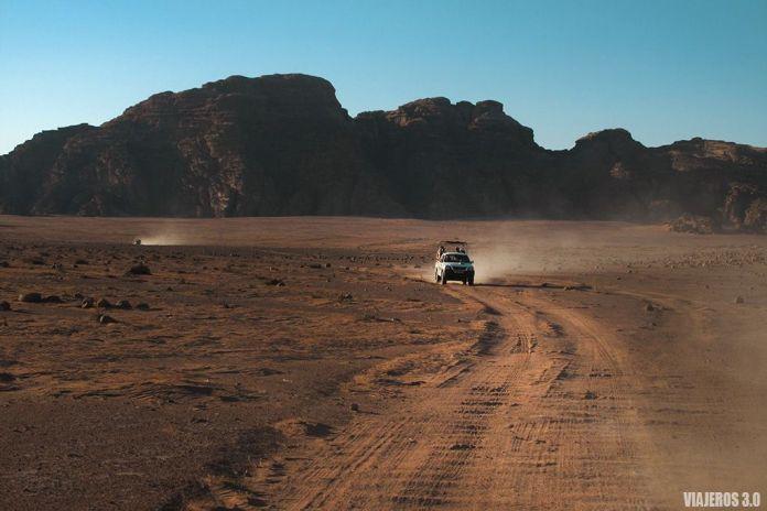 4x4 en Wadi Rum, ruta por Jordania en una semana