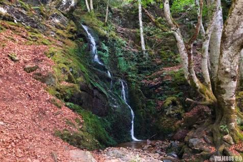 Cascadas de Altuzarra, subida al Pico San Millán
