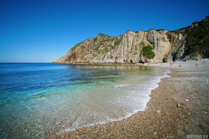 Que ver en la playa del Silencio en Asturias