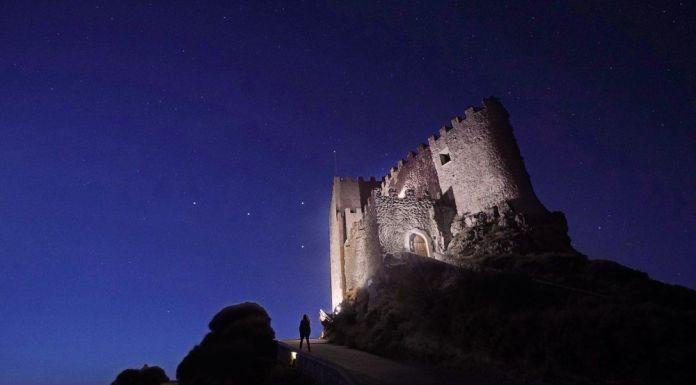 dormir en un castillo en Valladolid: Castillo de Curiel