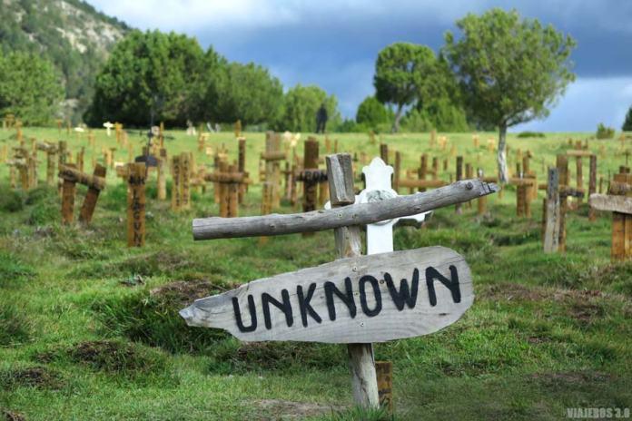 Tumbas del cementerio de Sad Hill en Burgos