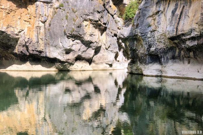Pozas en el río Irati, Foz de Lumbier en Navarra