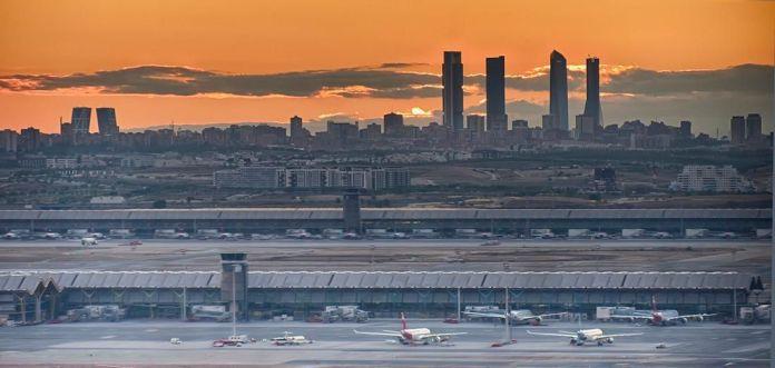 Cómo ir desde el aeropuerto de Barajas al centro de Madrid fácil y rápido