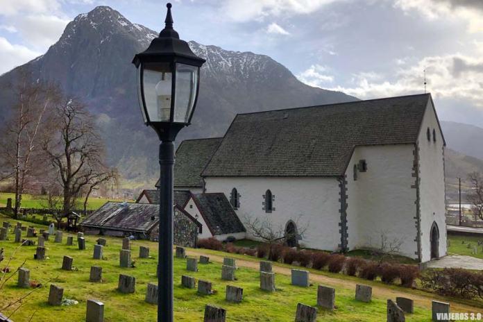 Rosendal, un pueblo imprescindible en el fiordo de Hardanger