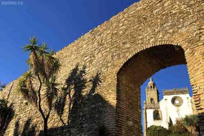 Murallas y arco de Belén, qué ver en Medina Sidonia