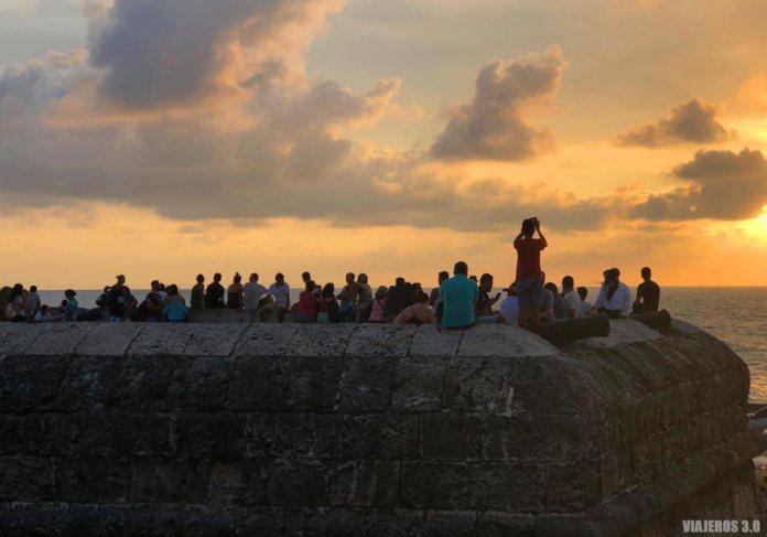 Atardecer murallas Cartagena de Indias.