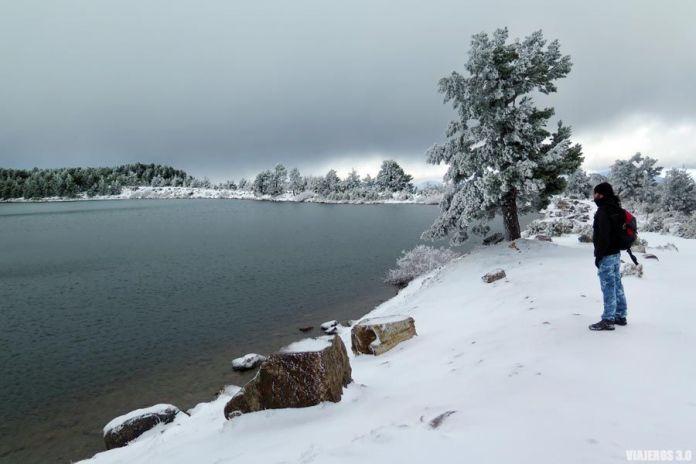 Las Lagunas de Neila en invierno y con nieve