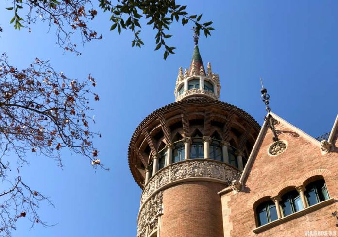 Casa Les Punxes, ruta del modernismo de Barcelona