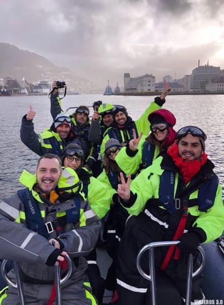Excursión en zodiac por los fiordos de Bergen