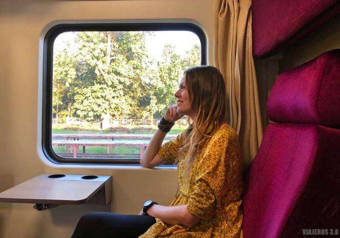 Viajando en tren por Tailandia.