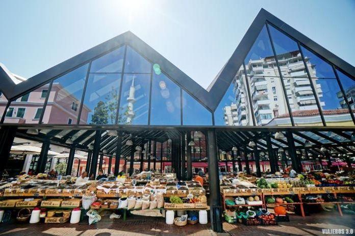 Mercado, qué ver en Tirana en un día