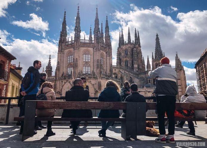 Free tour en Burgos junto a la catedral.