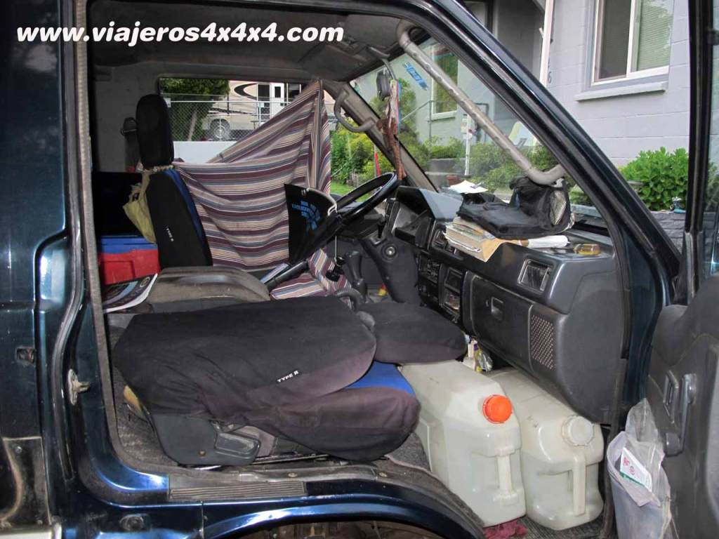 Mitsubishi Delica, how to bend completely the front seats to gain space