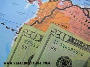The fake colombian dolars are perfect to give to the bad cops. Corrupt police.