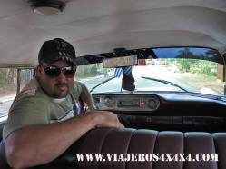 414a-cuba-trinidad-taxista
