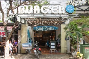 Surf Shack entrada local