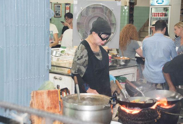 Jay Fai en Bangkok puesto callejero con estrella Michelin