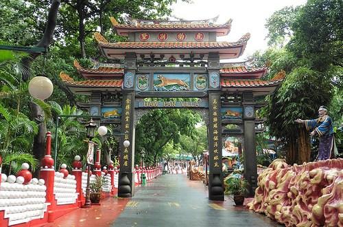 Haw Par Villa en Singapur: mitología y folclore confucionista, taoísta y budista, en un lugar friki, curioso, bizarro, perturbador y grotesco. ViajerosAlBlog.com