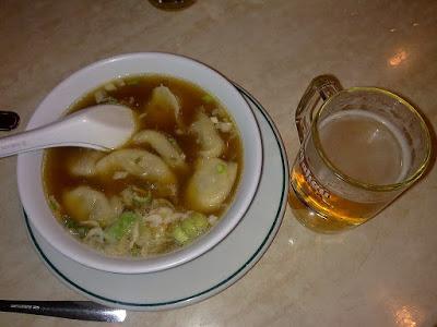 Dónde comer y gastronomía en Madrid (España) - Restaurante chino Zhou Yulong.