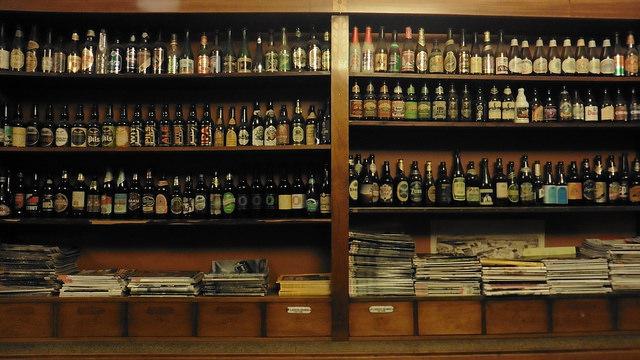 Dónde beber y gastronomía en Turku Finlandia Cervecería Nueva Farmacia Nya Apoteket_ViajerosAlBlog