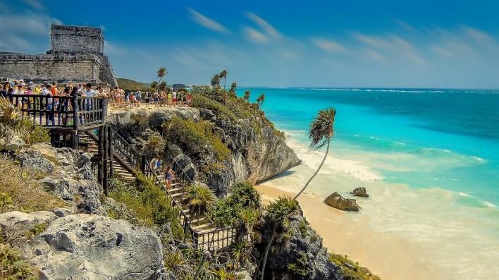 Tulum: ruinas mayas en medio del Caribe.