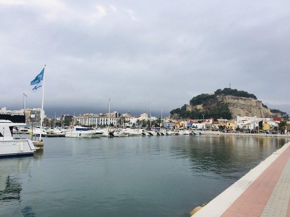 pueblos costeros puerto de Denia