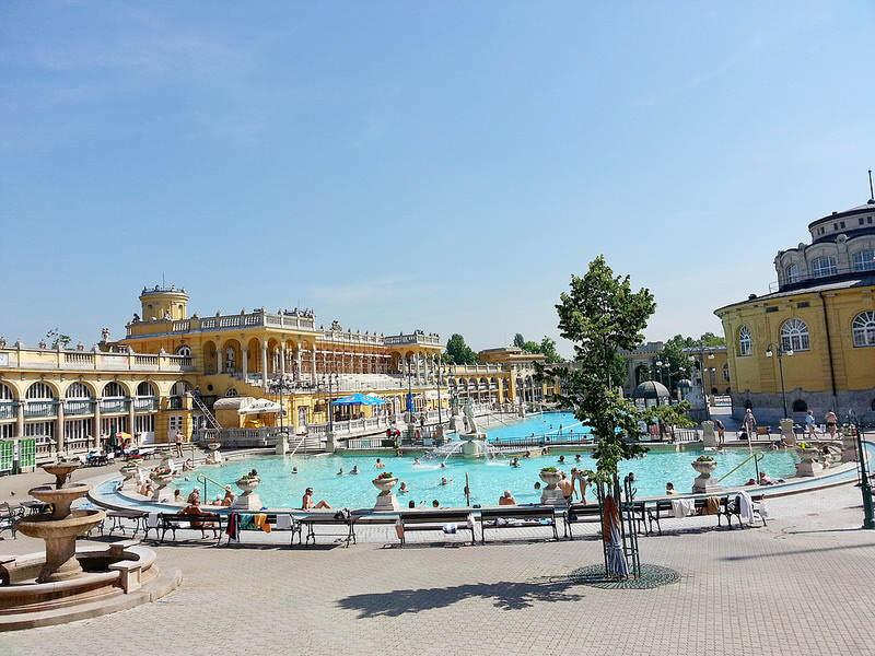 Baños termales de Széchenyi en Budapest