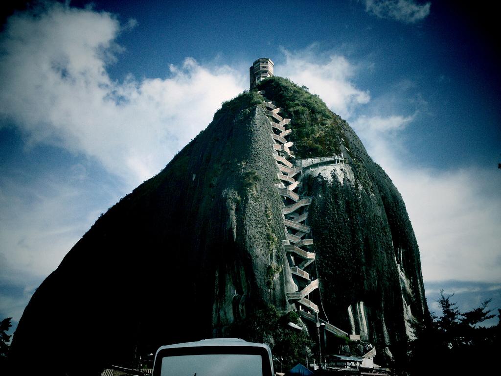 Piedra del Peñol o Peñón de Guatapé