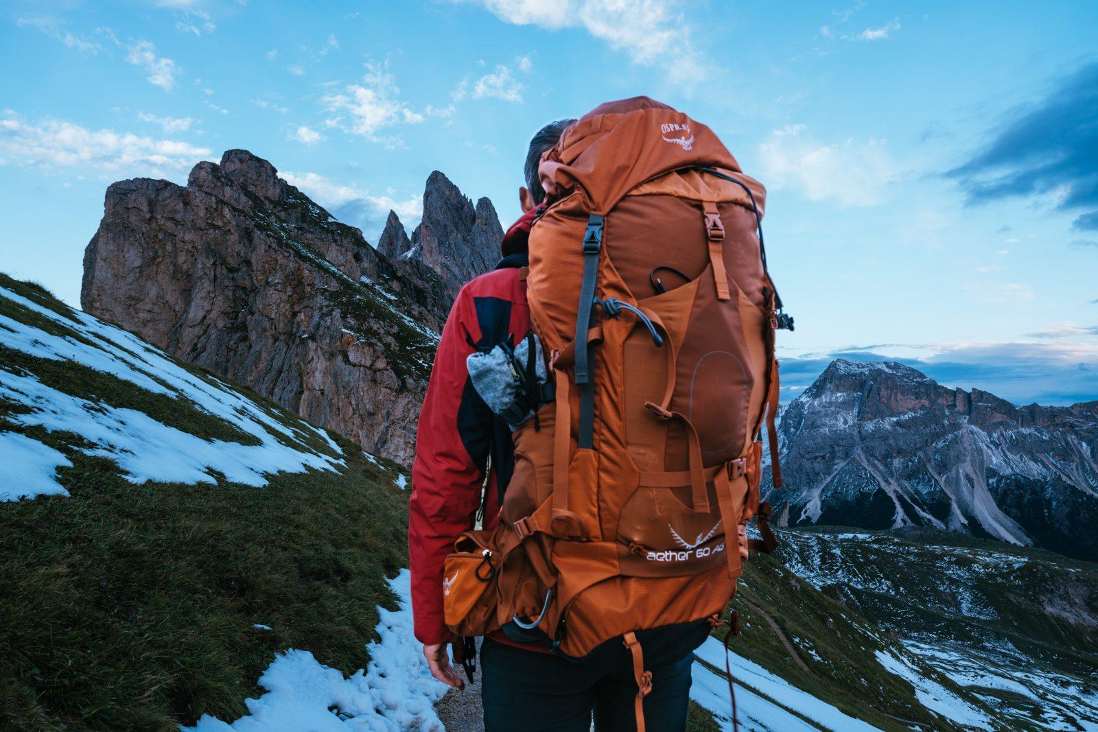 Cómo empacar una mochila para senderismo