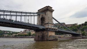 El Puente de las Cadenas, en Budapest, sobre el Danubio