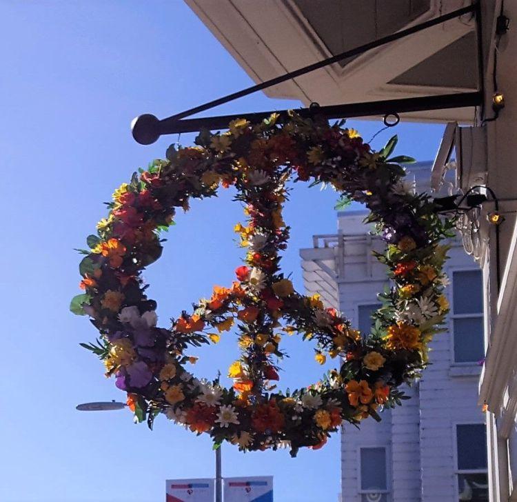 verano del amor símbolo pacifista de flores