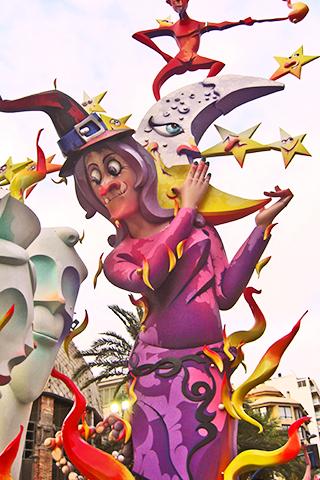 Bruja rosa ninot Hoguera Mercado Central Alicante