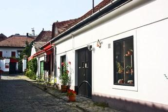 Calles piedras fachadas tradicionales Szentendre Hungría