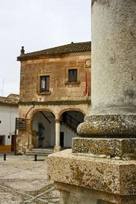 Columna Plaza Mayor ayuntamiento Alarcón Cuenca
