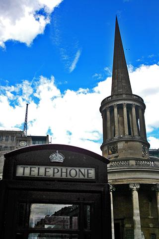 Facaha All Souls Langham Place cabina teléfonos negra Londres