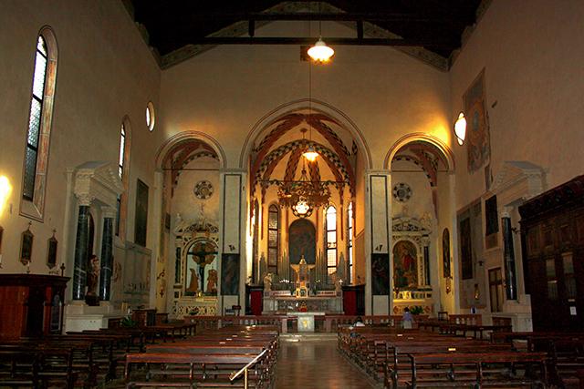 Interior Iglesia Santa Maria dei Servi Padua