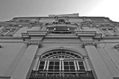 Picado fachada Palacio Oldenburg blanco y negro