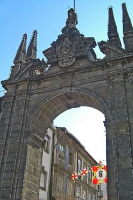 Arco entrada centro histórico Braga Portugal