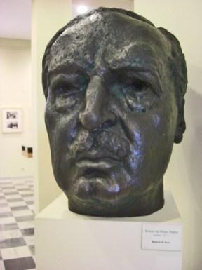Busto escultura Vicente Blasco Ibáñez escritor casa natal Valéncia