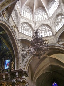 Creuament darcs ogivals en les altures de la Catedral