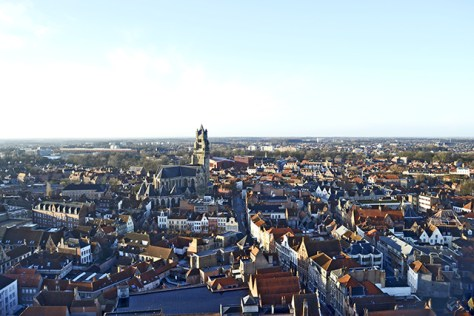 Panorámica Brujas Torre campanario alto