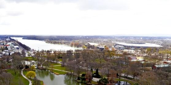 Panorámica lago Maschsee AWD Arena estadio fútbol Hannover