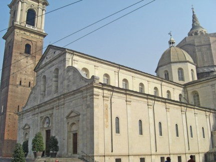 Fachada Duomo San Juan Bautista Sábana Santa Turín
