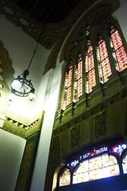 Interior vidrieras estación tren neomudéjar Toledo