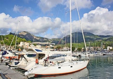 Puerto lujo deportuvo barcos Sóller Mallorca