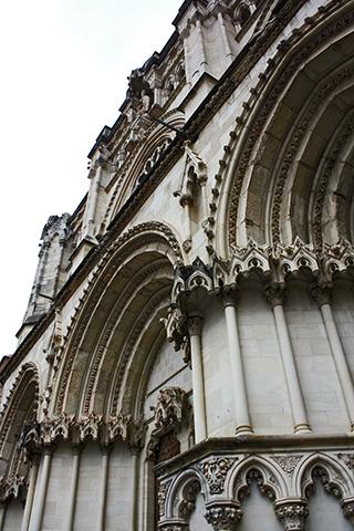 Picado fachada arcos Catedral Cuenca