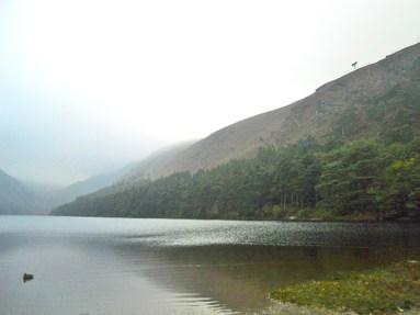 Panorámica lago Mayor Glendalough Condado Wicklow Irlanda