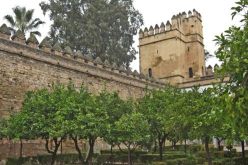 Patio interior jardines lcázar Reyes Cristianos Córdoba