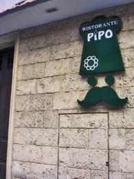 Fachada entrada restaurante pizzería Pipo Alicante